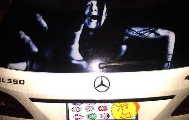 Tento vynález šoférov vydesí na smrť: Sladká pomsta za diaľkové svetlá