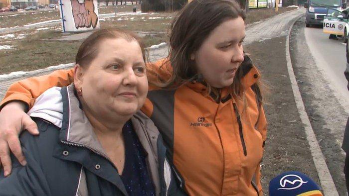 Vitajte na Slovensku! Opitá matka sa zrazila s opitou dcérou a je z toho ďalší spravodajský virál