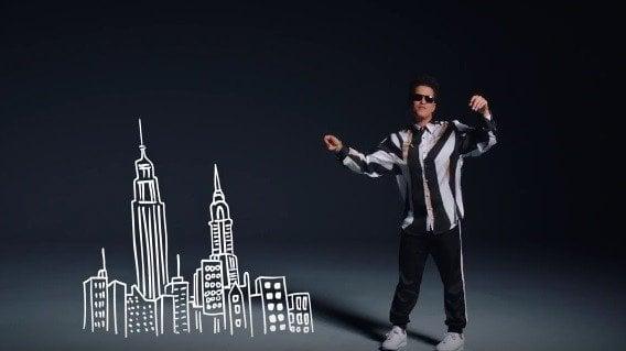 Bruno Mars opäť prekvapuje: Jeho VIDEOklip je maximálne nadupaný