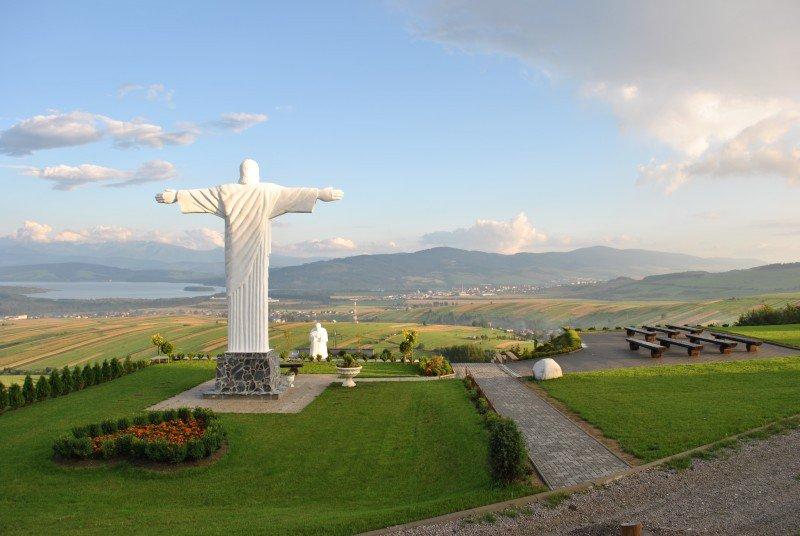 FOTO Kúsok Ria na Slovensku: Známu sochu Krista máme aj u nás na Orave