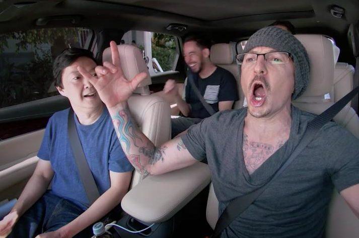 VIDEO Smiech, zábava i spev: Spevák Linkin Park nakrútil len týždeň pred samovraždou mrazivo vtipné Carpool Karaoke