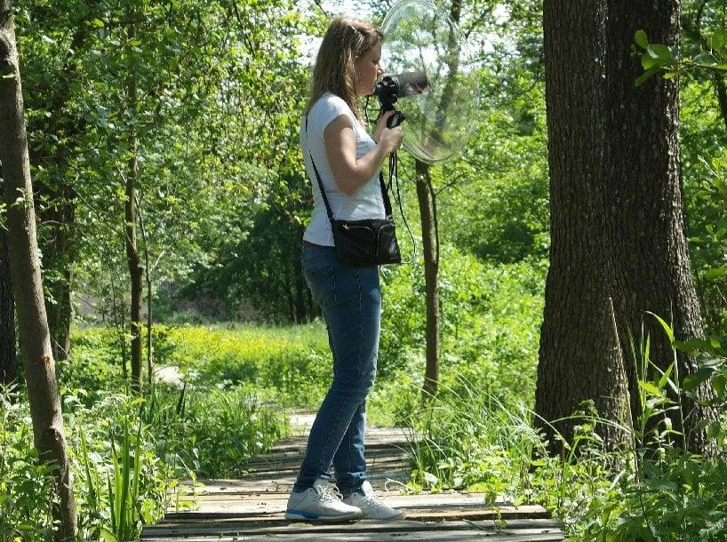 Slepá umelkyňa si plní sny: Zaznamenáva krásy lesov, podporuje tak aj slovenskú prírodu