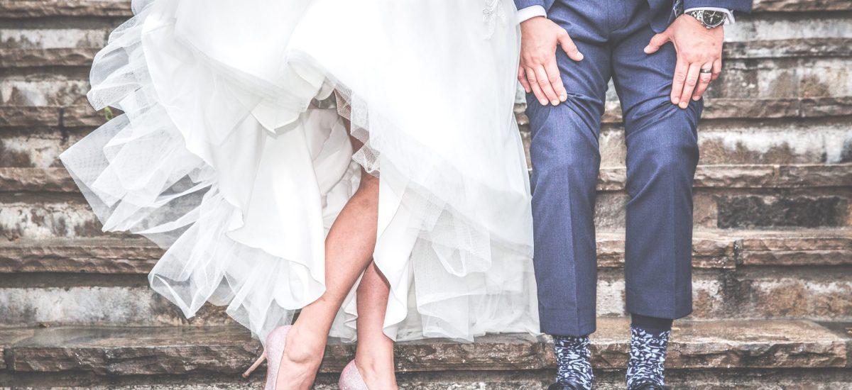 c6127e611ff3 Módny návrhár prišiel so zarážajúcimi svadobnými šatami  Tu už nie je  priestor na fantáziu