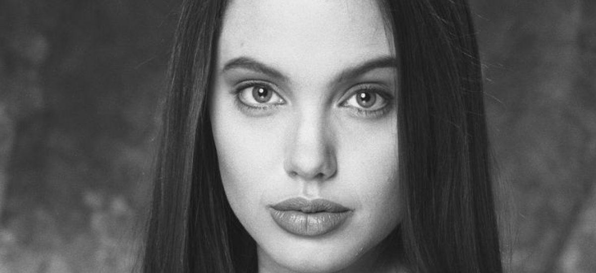 Mladá Angelina Jolie