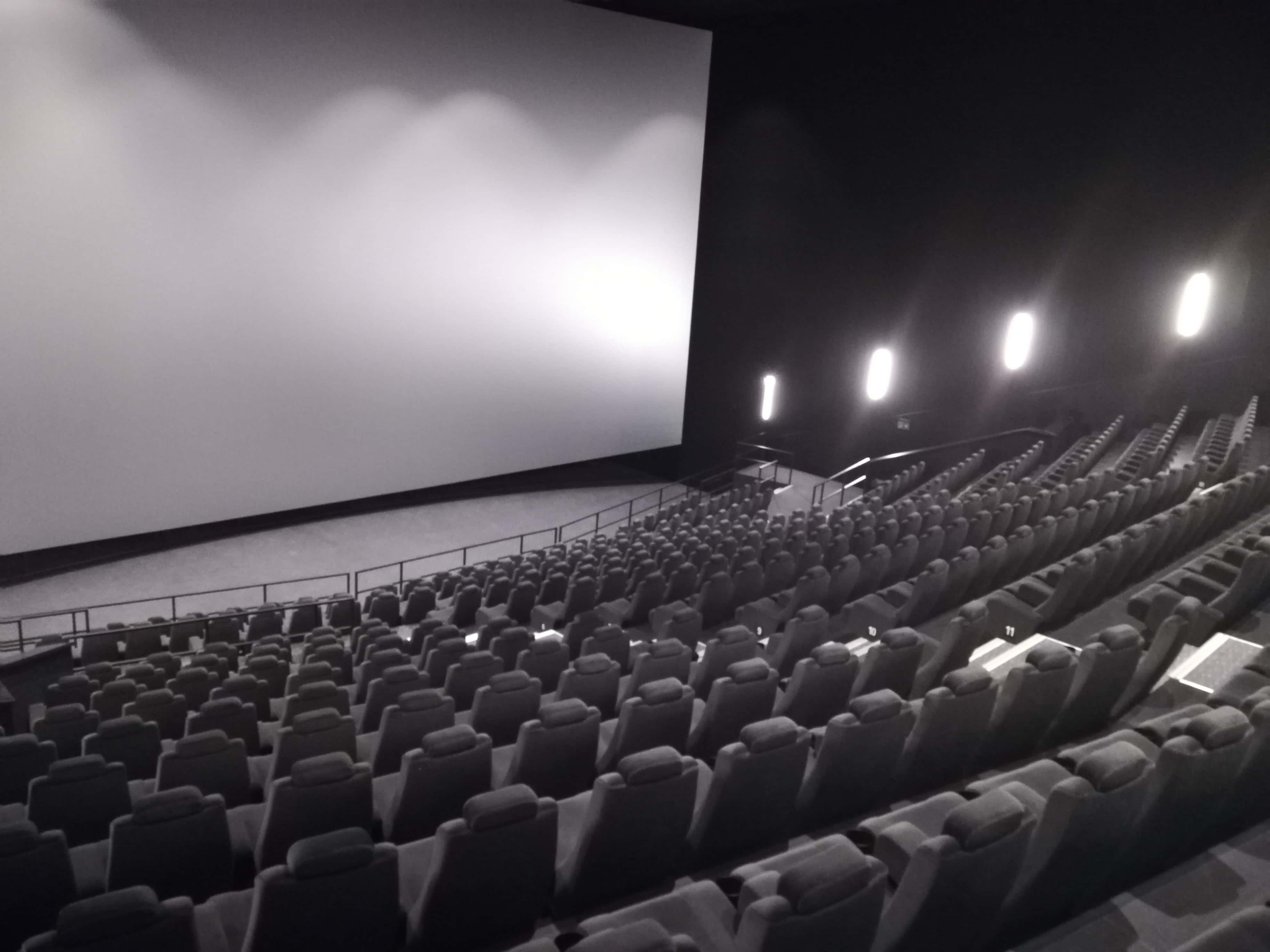 26d09a548 REPORTÁŽ Skutočný filmový zážitok na Slovensku: Toto kino si ťa ...
