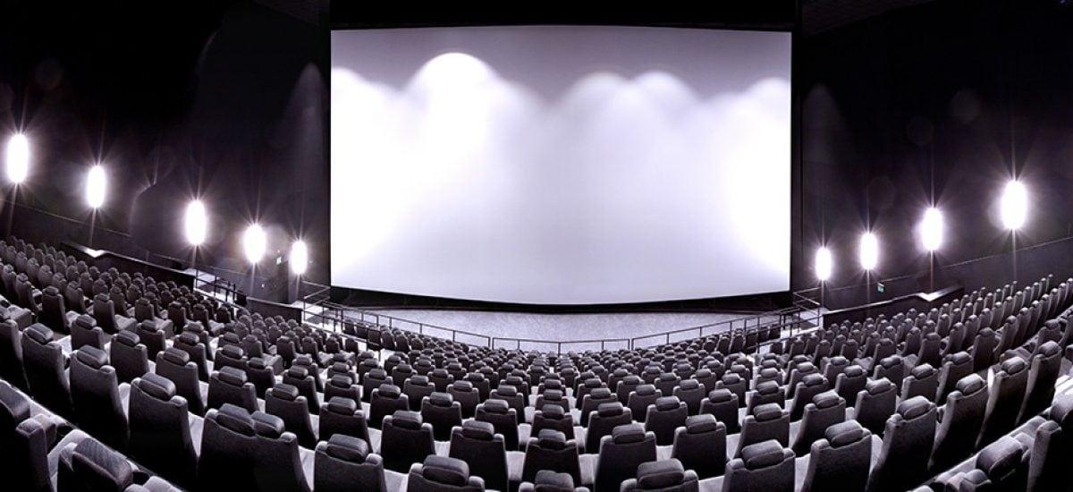 c9f057dce REPORTÁŽ Skutočný filmový zážitok na Slovensku: Toto kino si ťa získa,  každé jedno sedadlo v ňom je najlepšie