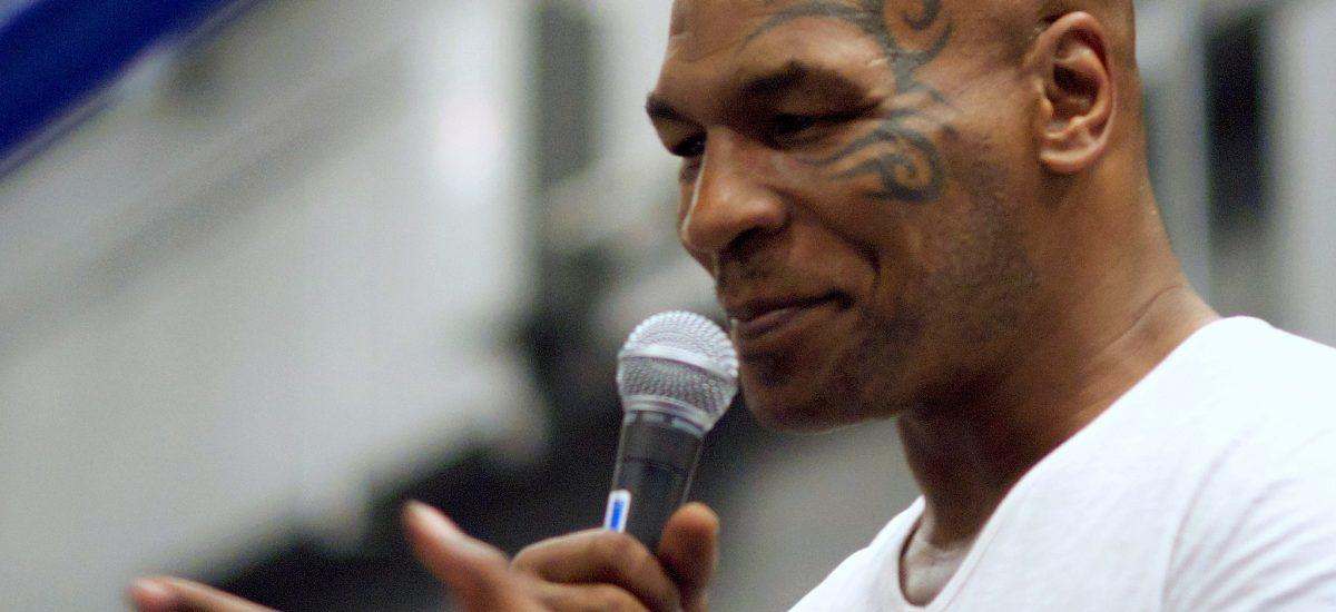 Mike Tyson sa vracia do ringu