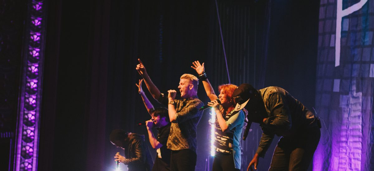 Pentatonix vydal cover pesničky when the party´s over.
