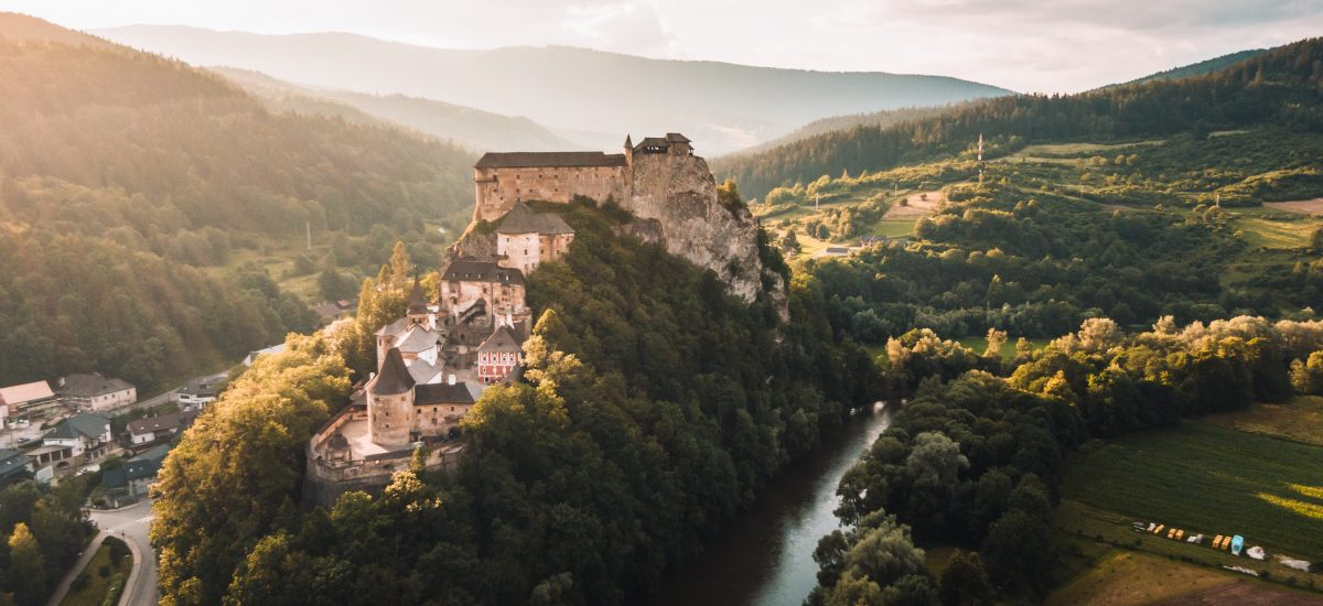 Oravský hrad z vtáčej perspektívy