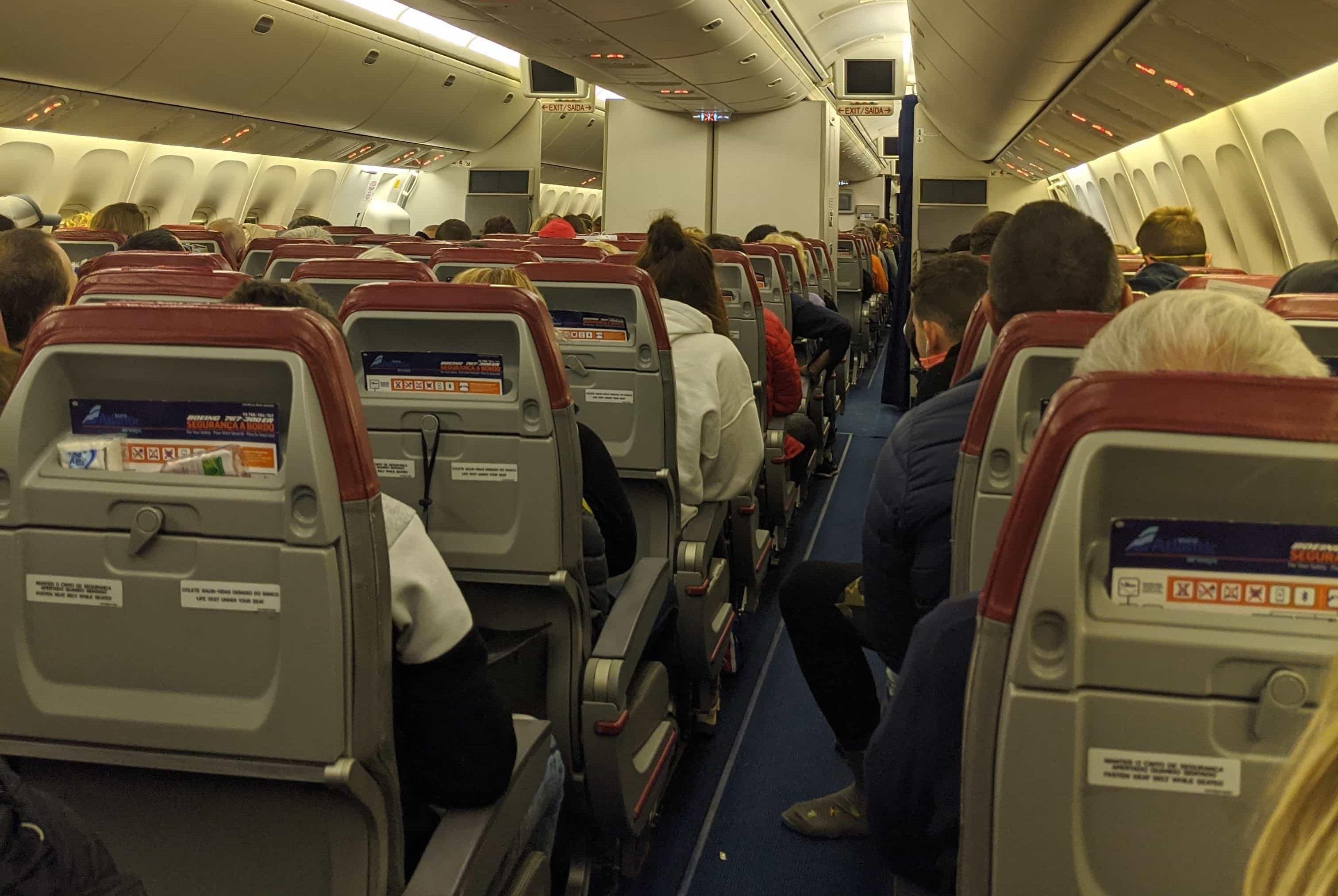 Zábery z paluby repatriačného letu z USA