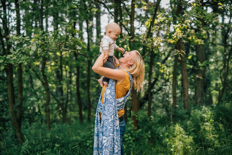 Lenka Cenigová s bábätkom