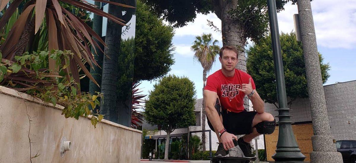 Michal Šopor na skateboarde