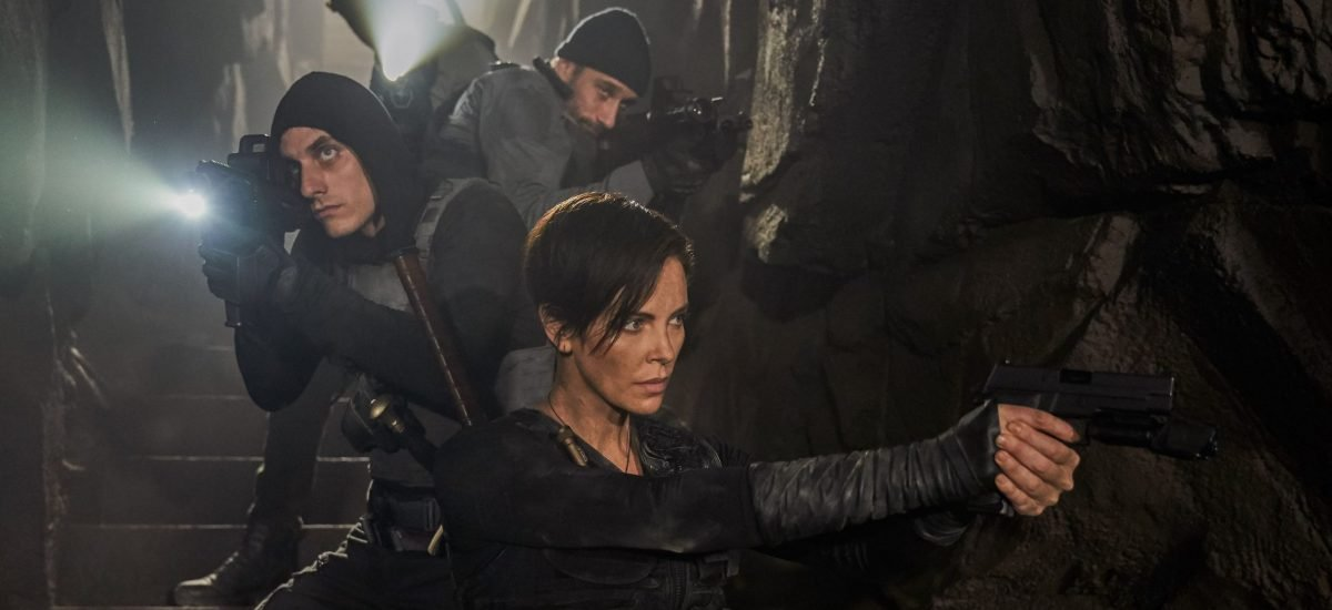 Charlize Theron vo filme The Old Guard