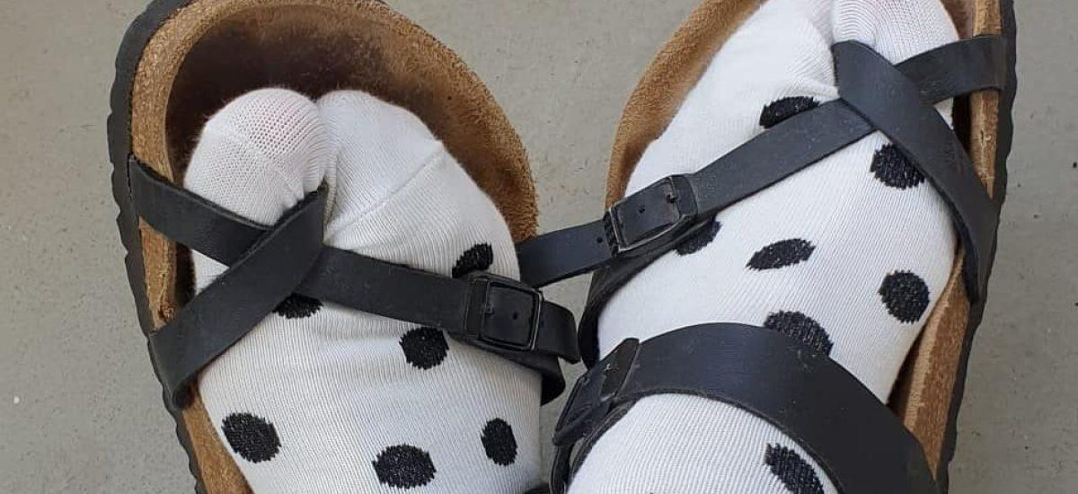 Ponožky v sandáloch