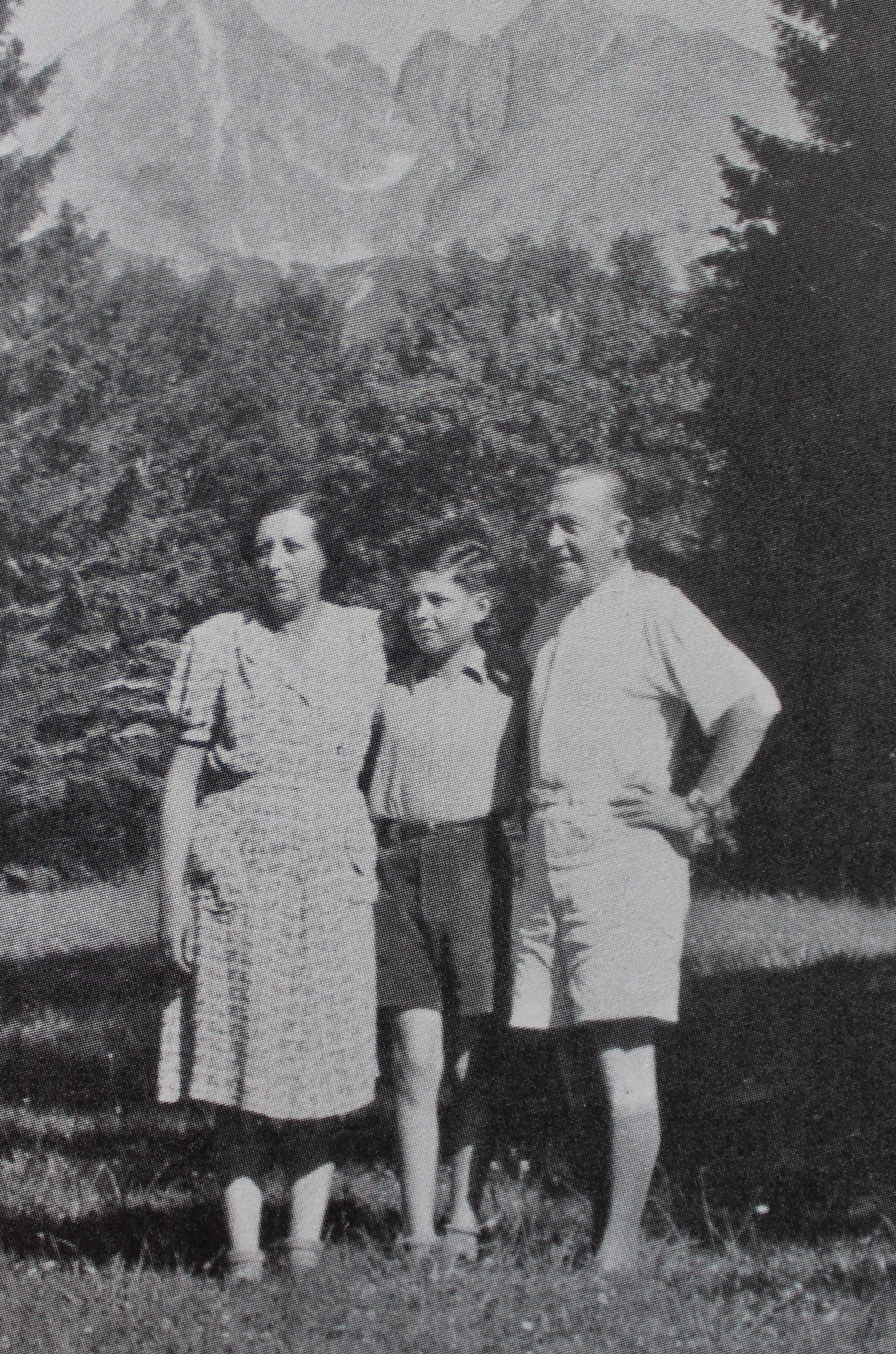 Pavel Taussig zo svojimi rodičmi