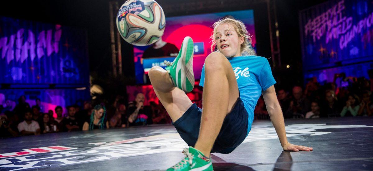 Reprezentantka Holandska, Laura Dekker, ktorá sa zúčastnila šampionátu minulý rok