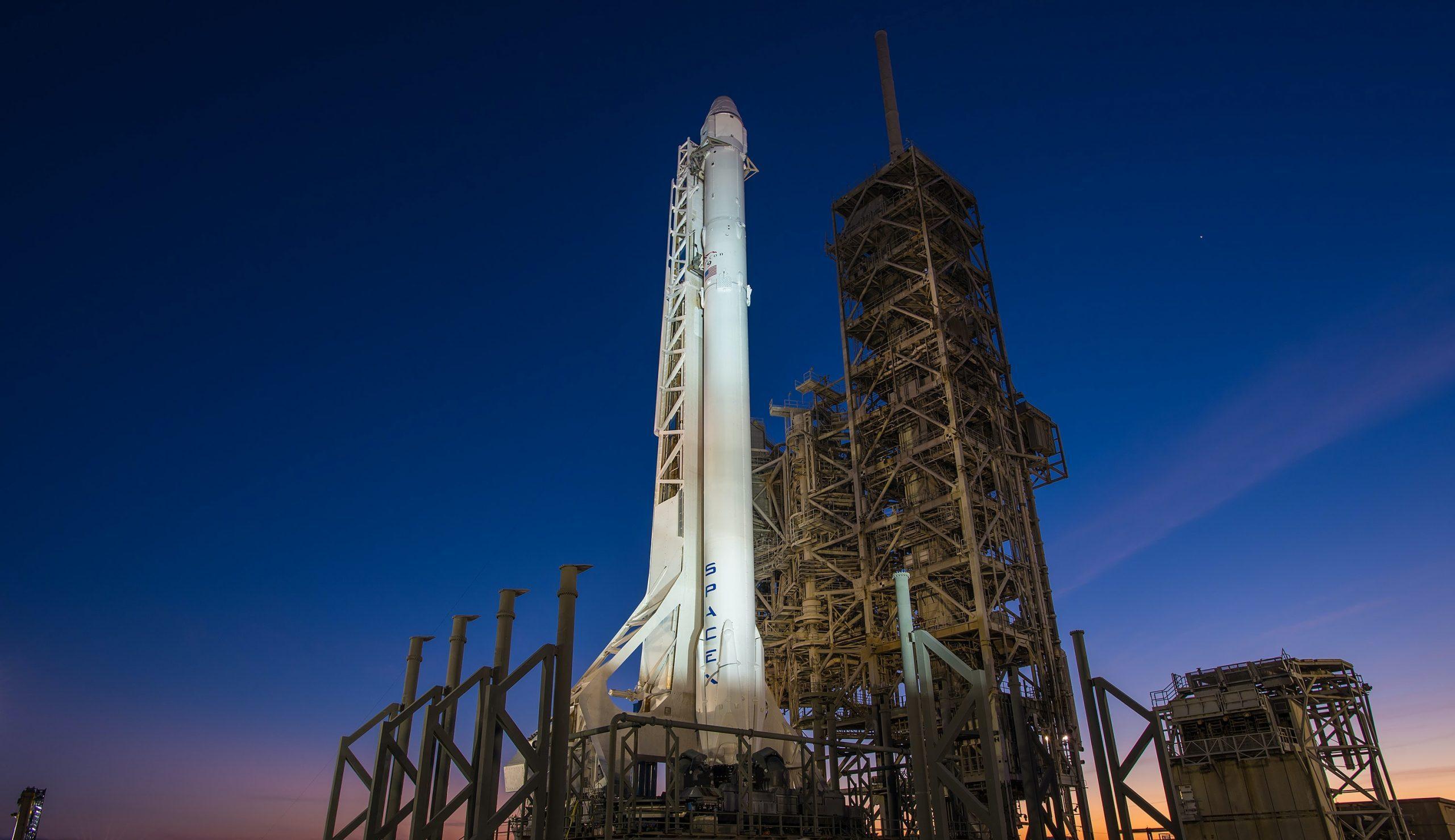 Spoločnosť SpaceX má na konte rekordné prvenstvá