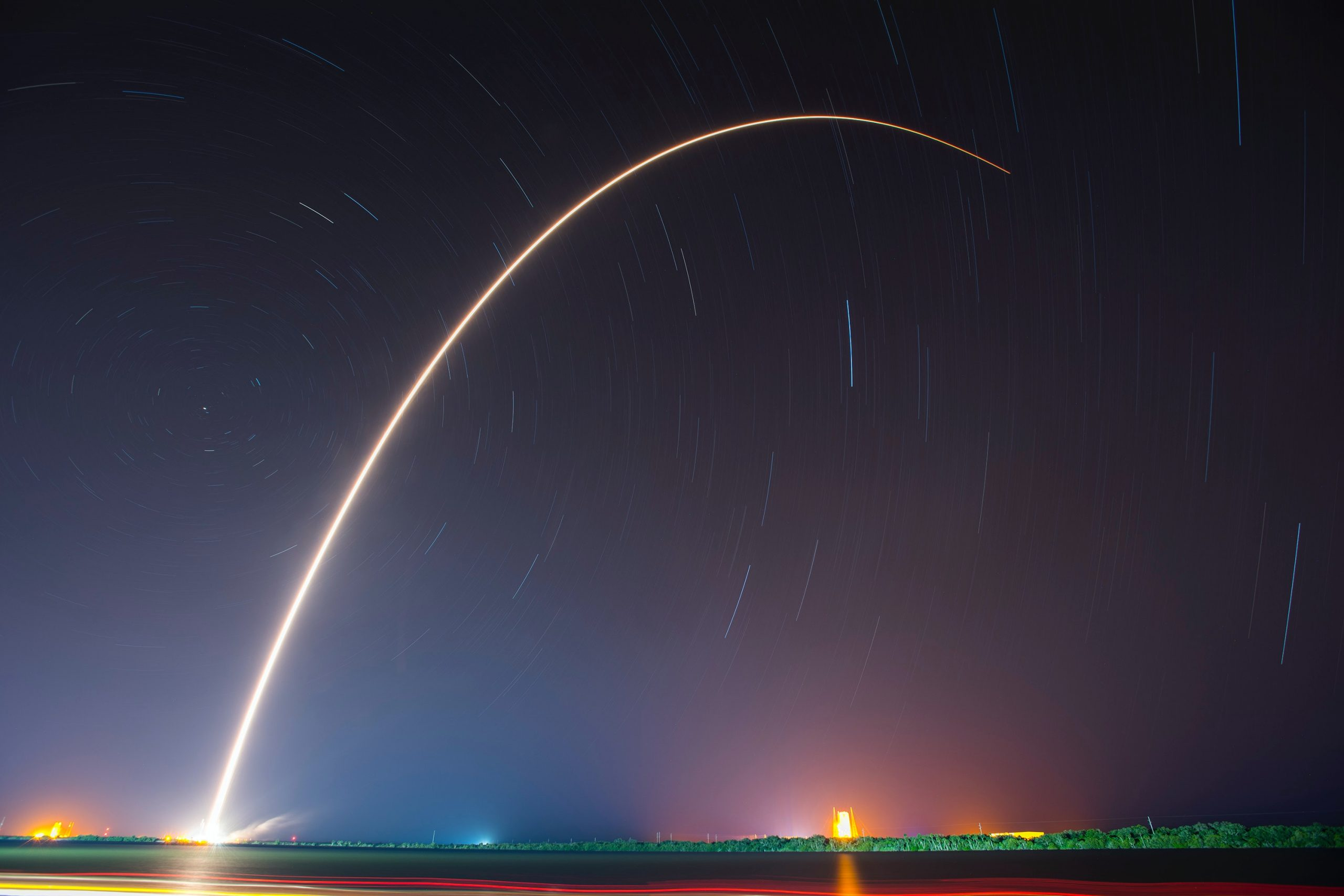 Raketa od SpaceX na kvapalný pohon bola prvá svojho druhu na obežnej dráhe