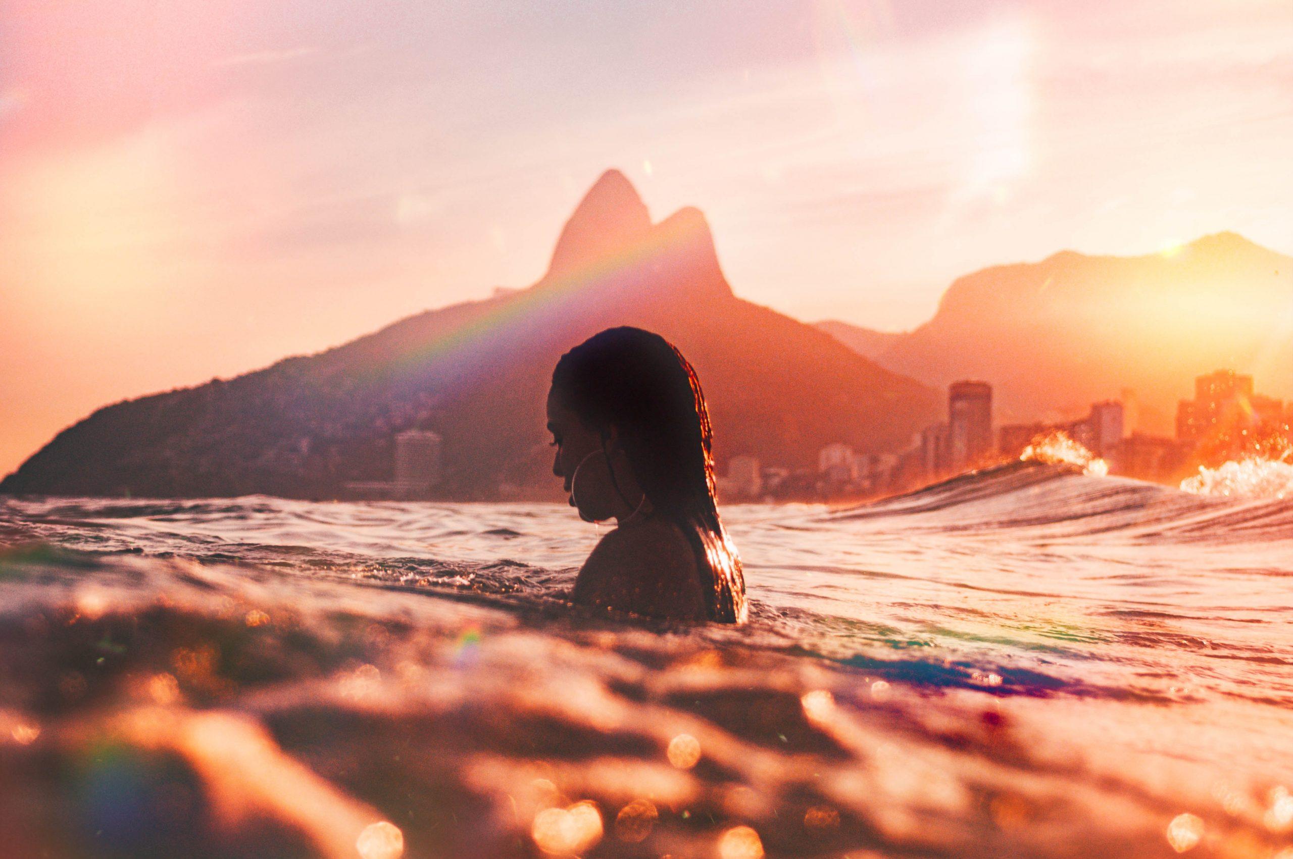 Žena v mori.