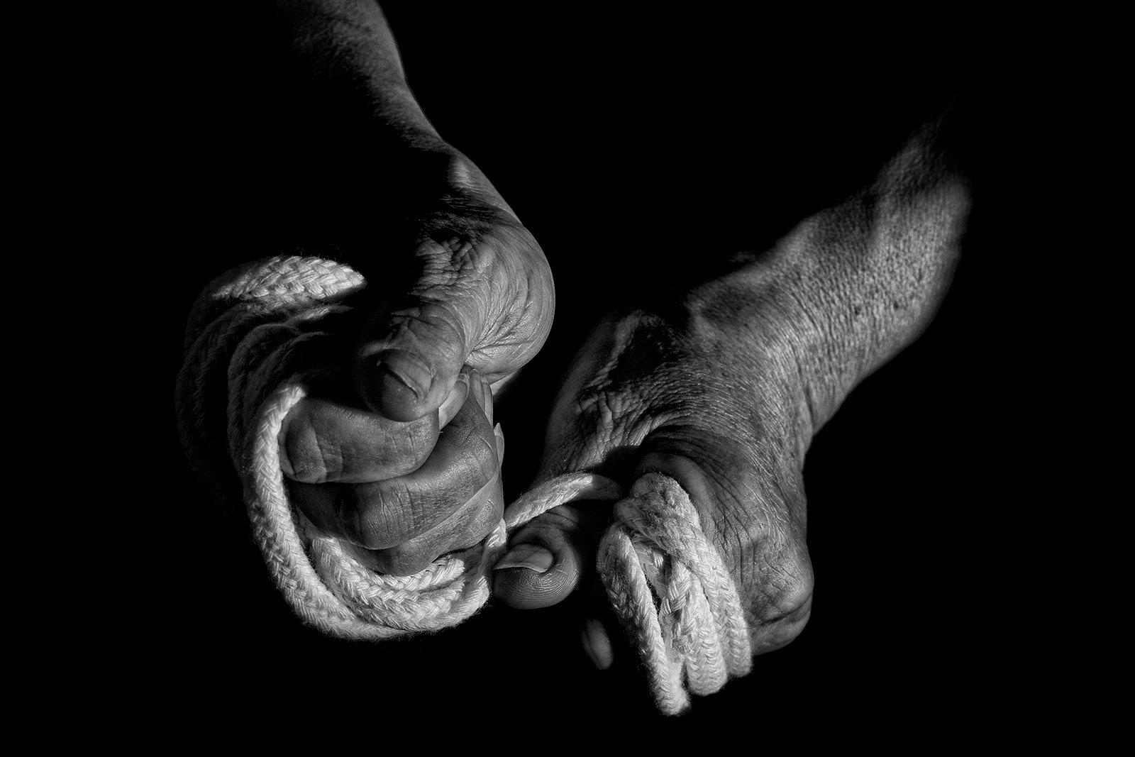 Viazenie uzla rukami