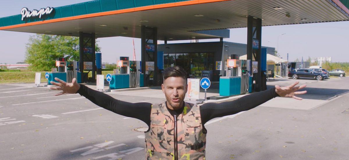 Ego vo videoklipe na skladbu Pumpa
