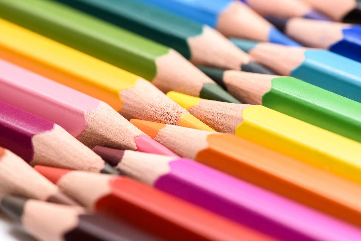farebné pastelky