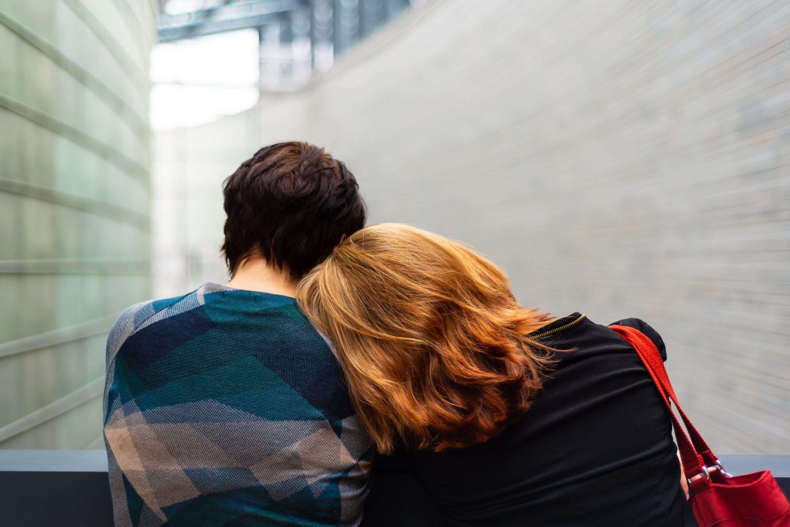 Objímajúci sa pár