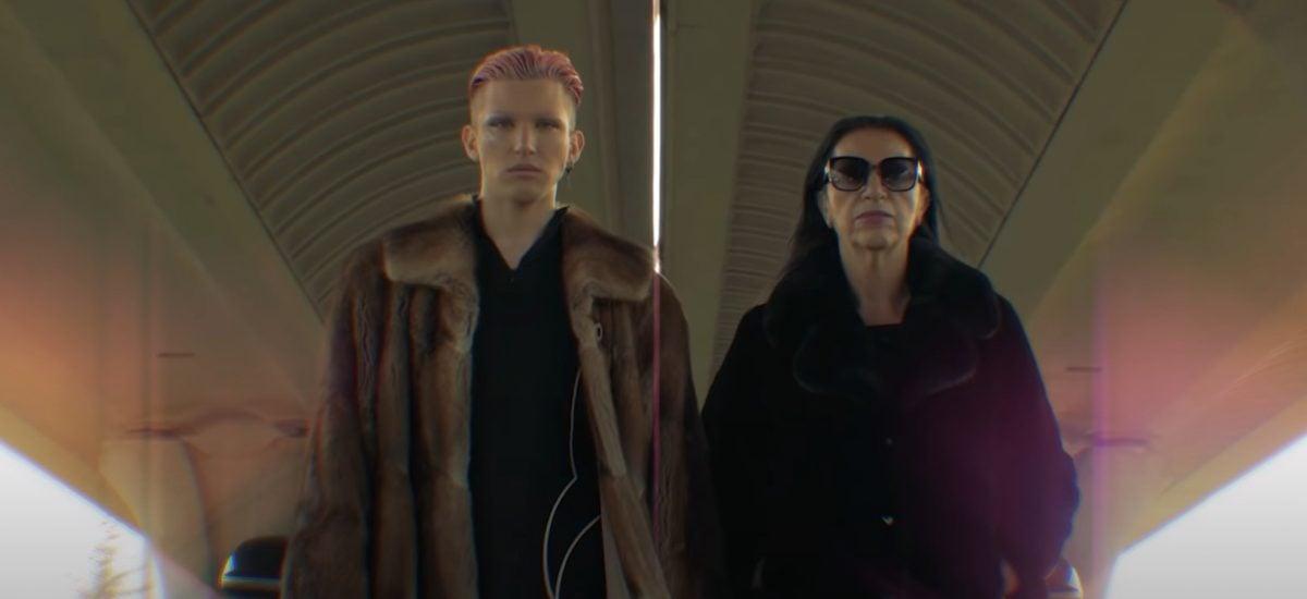 Slaytiiina a Nora Mojsejová