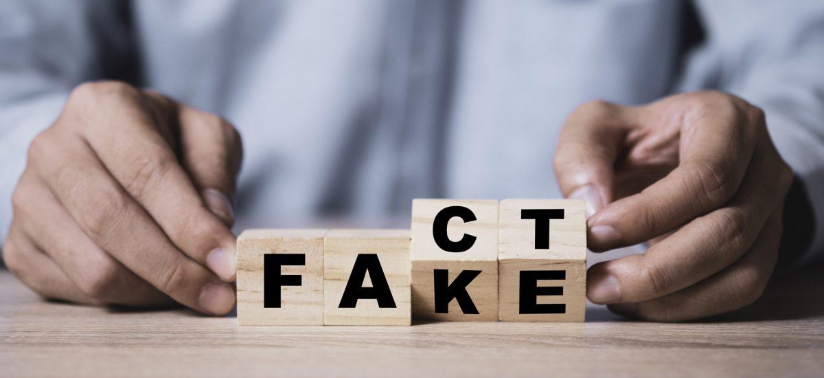 Fake/Fact.