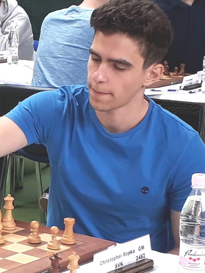 Syn Christopher je takteiž šachovým majstrom
