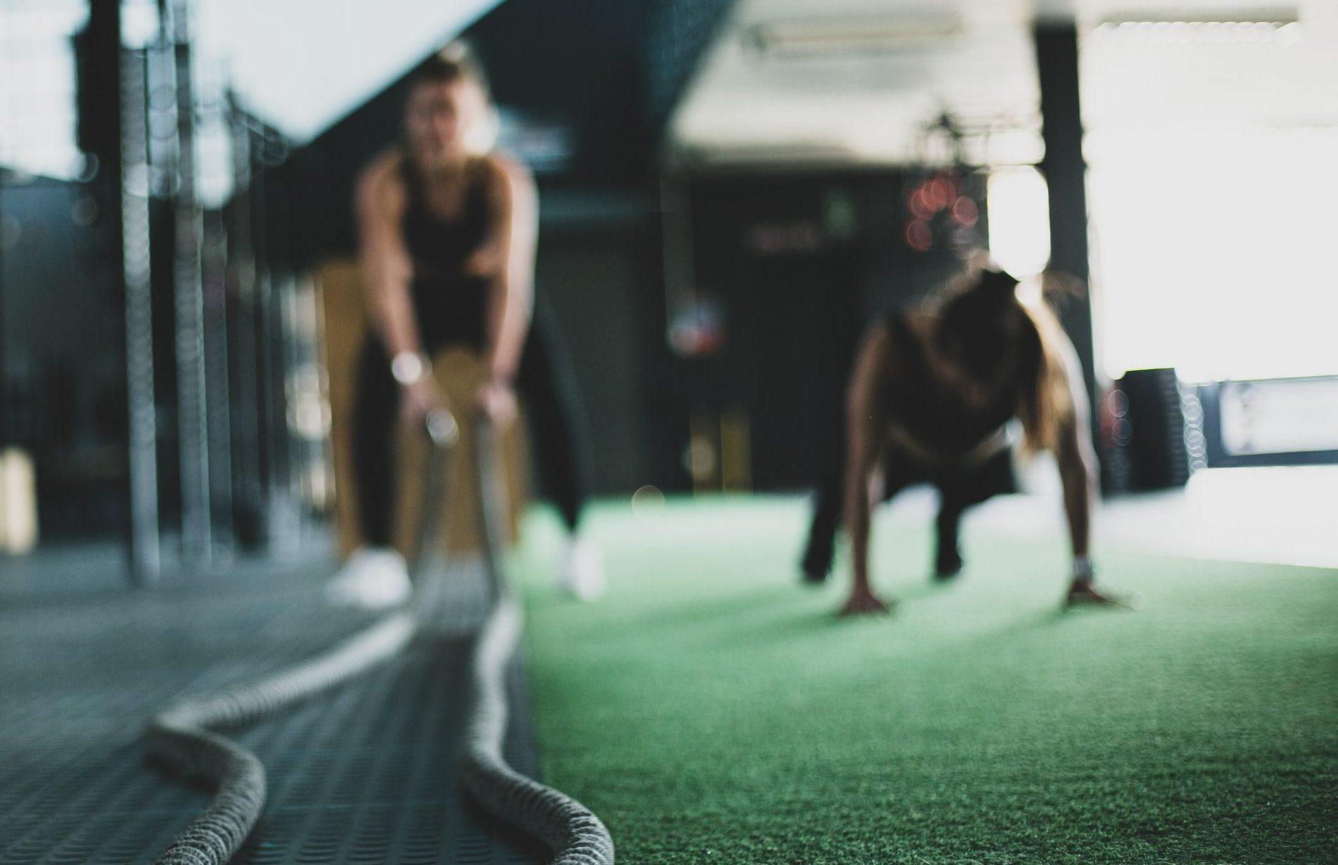 cvičenie v posilňovni