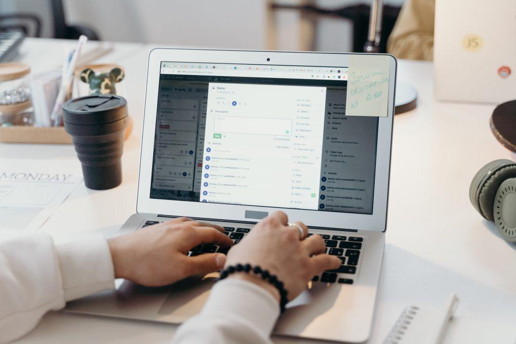 Kvalitný notebook využiješ aj v práci, aj doma