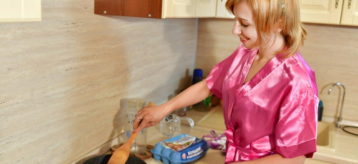 Žena dokáže s potravinami hotové divy