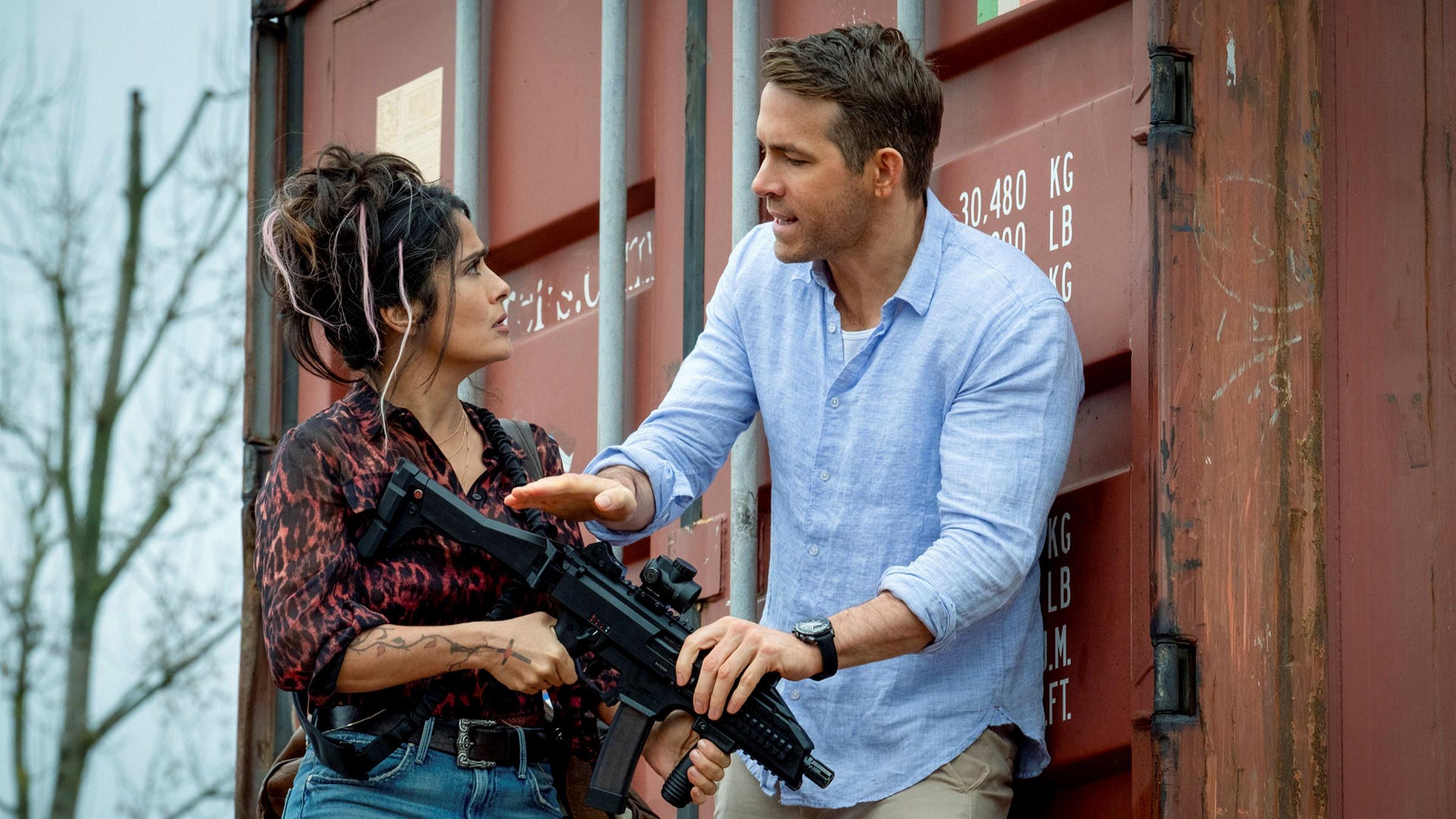Ryan Reynods tentokrát ochraňuje Soniu Kincaidová