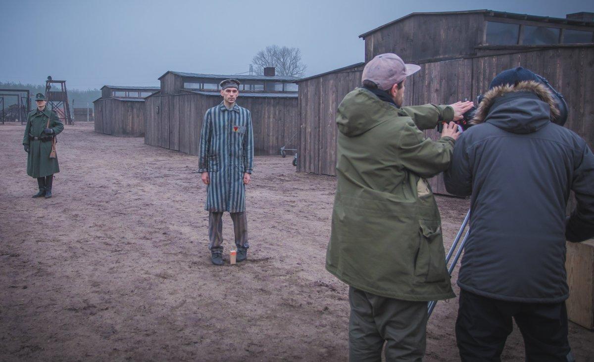 Replika koncentračného tábora vznikla neďaleko dediny Láb