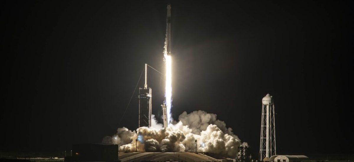 SpaceX znova prepísal históriu, Po prvýkrát sa do vesmíru dostala čisto civilná posádka